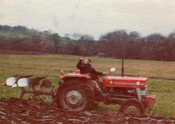Ploughing  (1974)